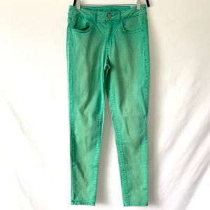American Eagle - Green Wash Denim